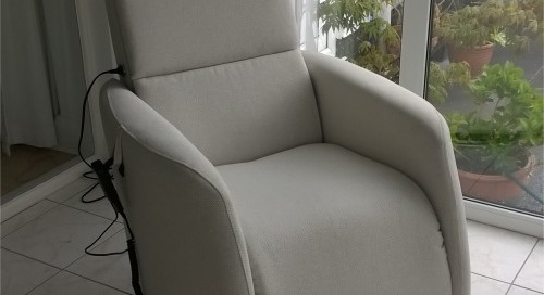 arc-contemporary-swivel-riser-recliner