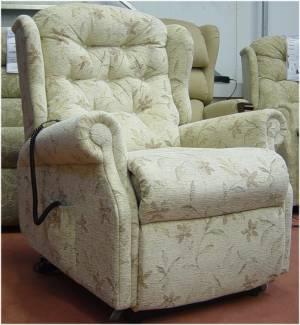 Celebrity Woburn Petite Dual Motor Riser Recliner Chair 48hr