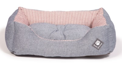 danish-design-dog-bed-maritime-red-snuggle-bed