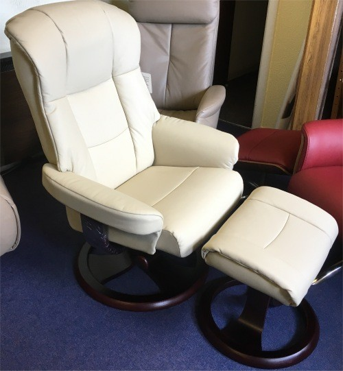 elano best recliner stock chair