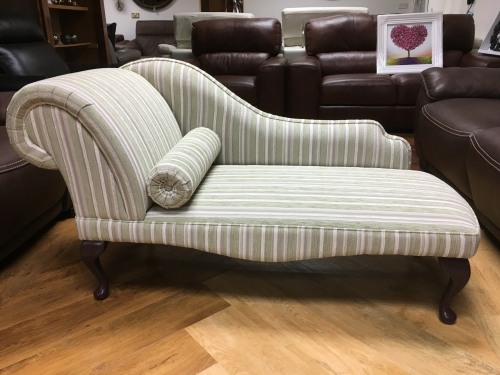 Jade Classic Queen Anne Chaise Longue Buttoned